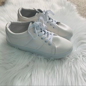 Anna cream and white sneakers